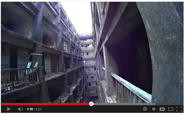 Sony_s Action Cam on RC Helicopter filming 軍艦島 (Gunkanjima _ battleship island) - YouTube-5